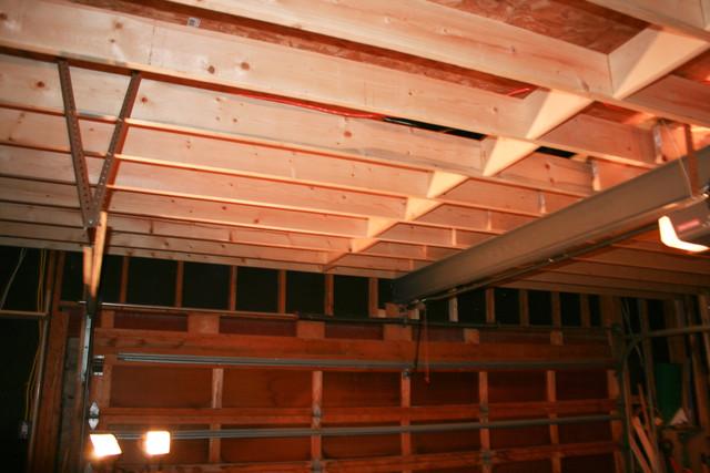 Panofish 187 Garage Trailer Lift 4